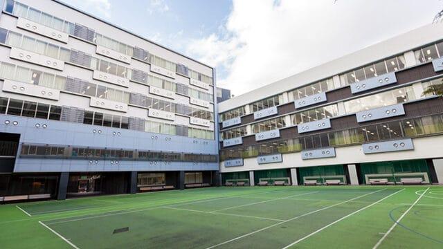 足立学園中学校